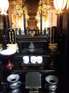 唐木仏壇,クリーニング,【洗浄前】